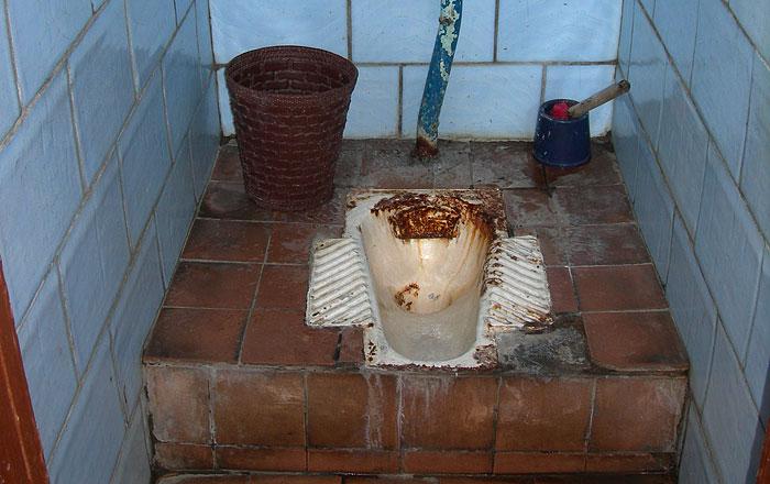 В помещении для мытья рук мы